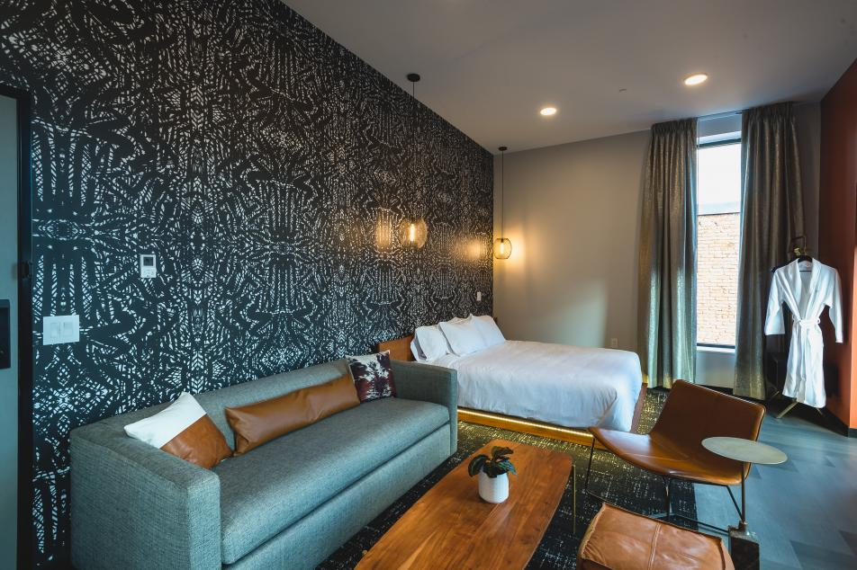 Large Guest Room Boutique Hotel Houghton Michigan